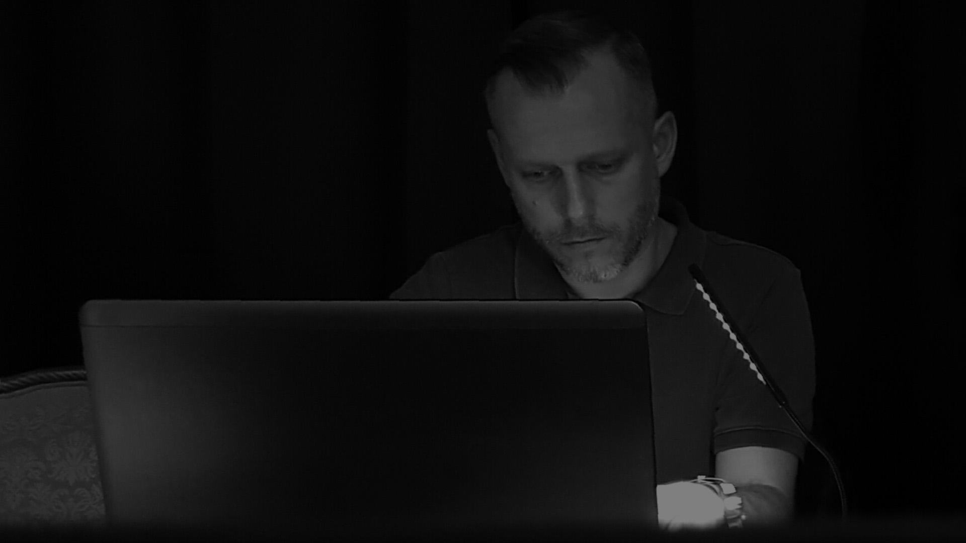 Régisseur, présentation Powerpoint, studio de création